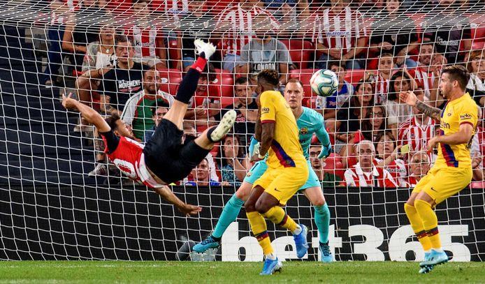 FC Barcelona begon het seizoen op 16 augustus met een 1-0 nederlaag bij Athletic Bilbao, waar Aritz Aduriz met zijn eerste balcontact de winnende goal maakte.