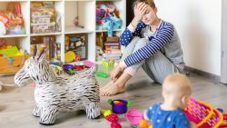Rommelig huis bezorgt ouders het meeste stress: 4 tips van de opruimcoach