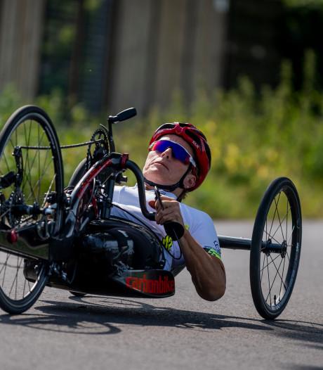 Jennette Jansen uit Westerhaar prolongeert wereldtitel para-cycling