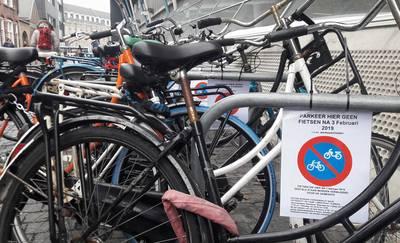 Even geen plek voor fietsen in Molenstraat
