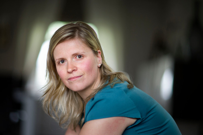 Olga Leclercq verloor haar dochter Eline bij het busongeluk in 2012 in een tunnel in het Zwitserse Sierre. Leclercq: ,,We willen dat de waarheid naar buiten komt.''