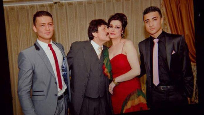 De familie Amiri in gelukkigere tijden.