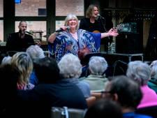 Willeke Alberti zorgt voor onvergetelijke dag bij Zorggroep Crabbehoff