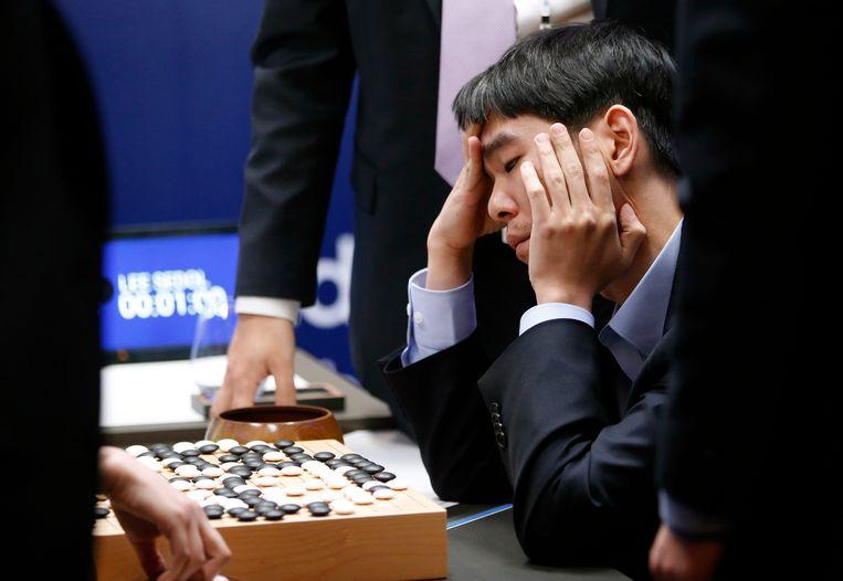 In maart versloeg het AI-programma van Google de Koreaanse kampioen Lee Sedol in het complexe strategiespel Go.