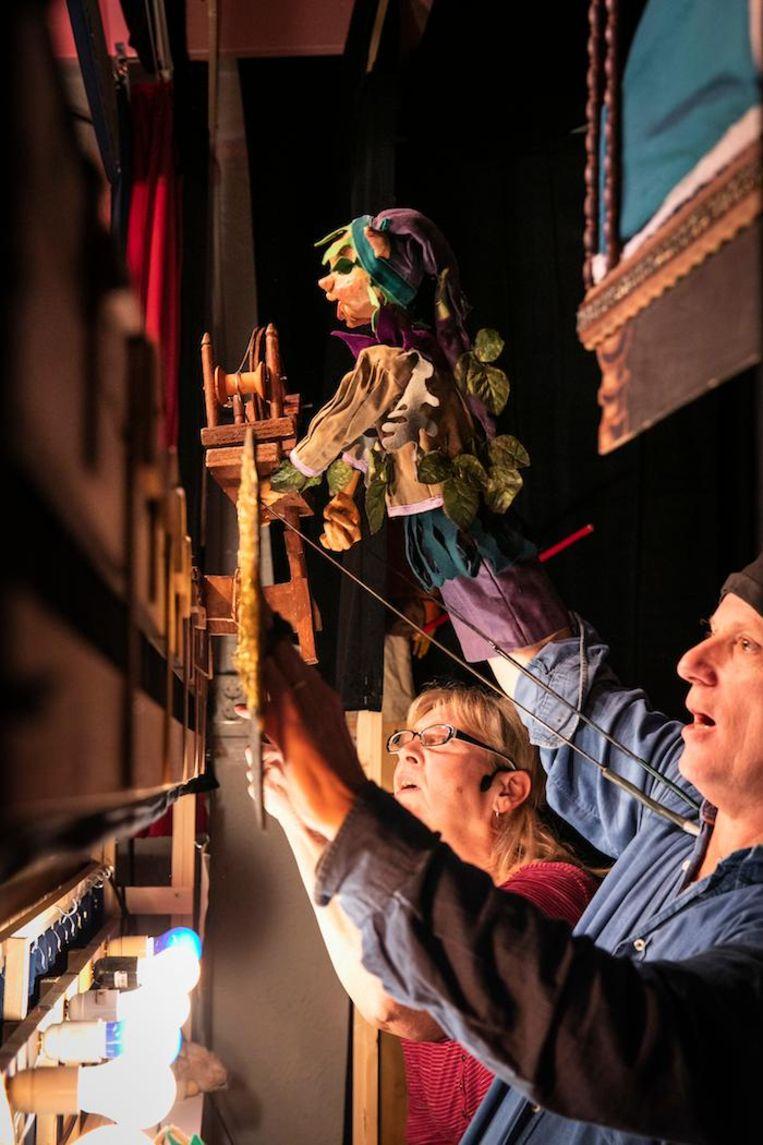 Mariska Brugman en René van Tol spelen samen Repelsteeltje. Beeld Dingena Mol
