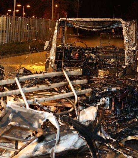 Camper verwoest door brand in Den Bosch