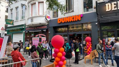 Veel commotie bij opening eerste Belgisch filiaal Dunkin' Donuts: openingsactie vroegtijdig stopgezet