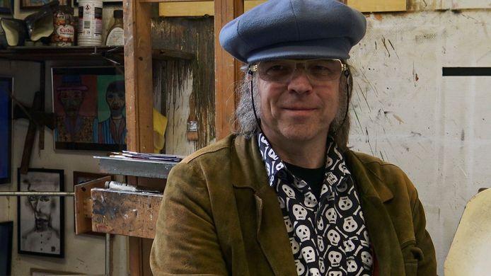 Beeldend kunstenaar Philip Akkerman in de documentaire Out Of Focus