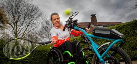 Marjolein Buis is nu ook blij met hobbelige tennisbaan