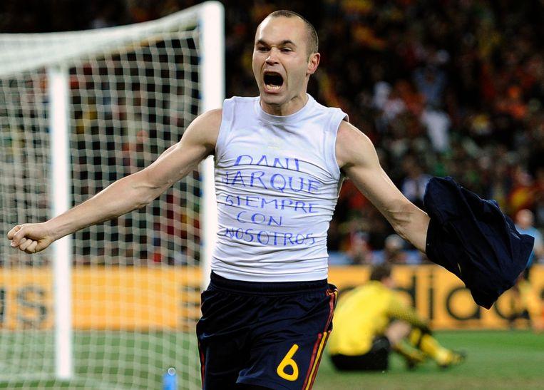In de WK-finale van 2010 tegen Nederland bracht Iniesta hulde aan zijn vriend door een hemdje met de boodschap 'Dani Jarque altijd bij ons' te tonen na het scoren van de beslissende goal.