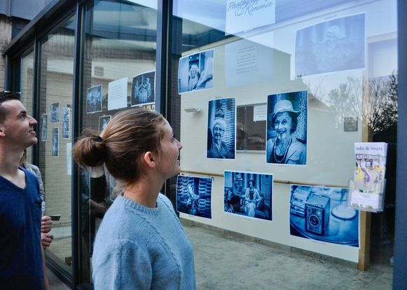 Tijdens het kunstparcours 'Invitro' kunnen alle Wachtebekenaren kunst gaan gluren bij hun buren.