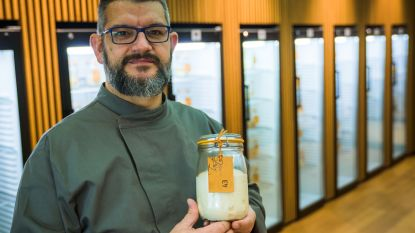 """Deze Belg heeft een wel erg rare hobby: """"Ik bak brood met zuurdesem van overal ter wereld. Soms is die zelfs 100 jaar oud"""""""