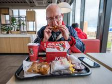 KFC in Vlaardingen geopend: 'Ik heb van mijn vrienden bestellingen gekregen'