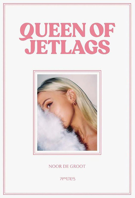 Queen of Jetlags (Noor de Groot) Beeld -