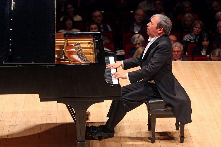 Murray Perahia speelt Bach, Haydn, Beethoven, Franck en Chopin in Carnegie Hall in 2015.  Beeld Getty Images
