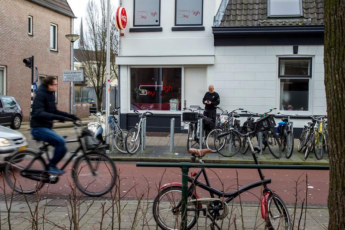 Coffeeshop Sky High aan de Van Karnebeekstraat in Zwolle.