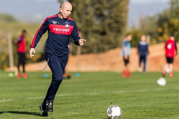 Reinier Robbemond borduurt tegen PSV voort op deze week al voor het vertrek van Erwin van de Looi gemaakte afspraken.