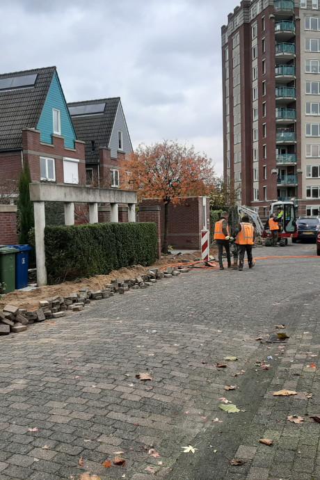 Aanleg glasvezel leidt in Apeldoorn-Oost tot klachten, rotzooi en een 'ontslagen' onderaannemer