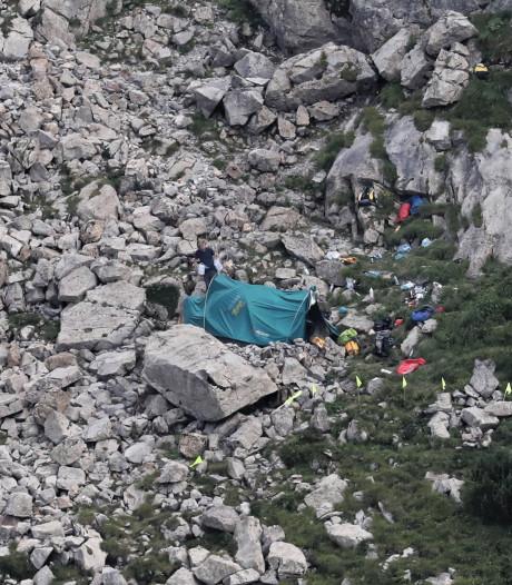 Reddingswerkers vinden lichaam in grot Polen