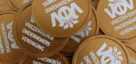 Kerstmunten als steun in de rug voor ondernemers Vriezenveen