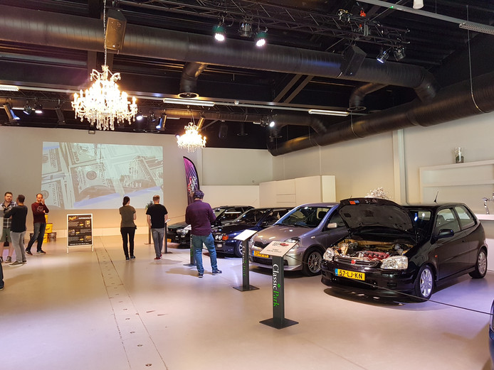 Japanse turbo's in de showroom van Classic Park.
