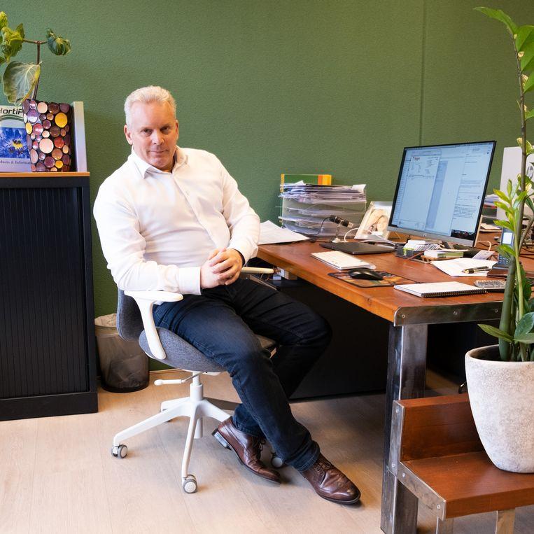 Gerco Overweg in zijn kantoor.  Beeld Sabine van Wechem