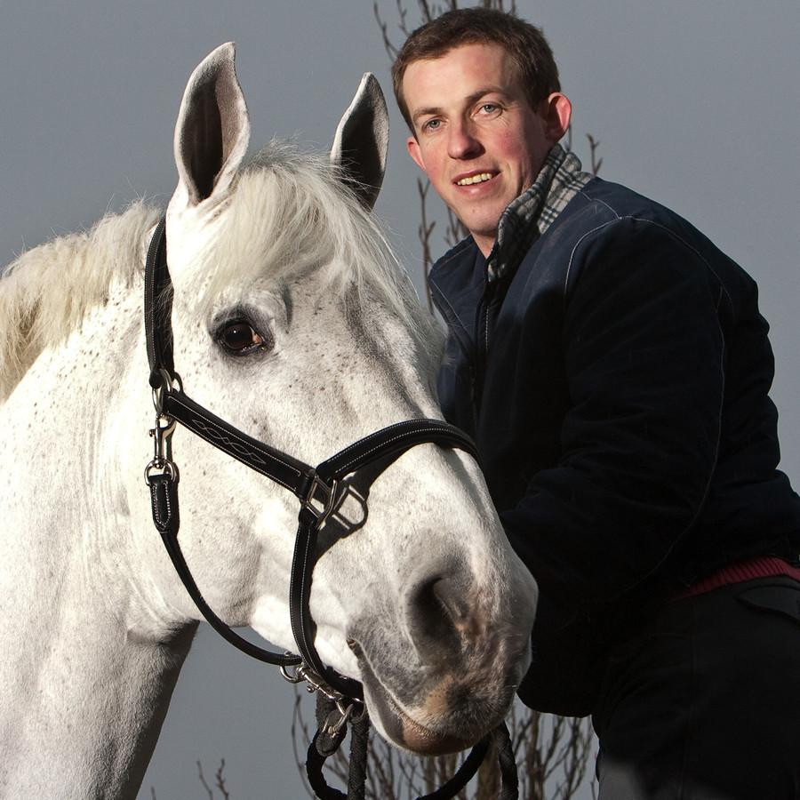 Gerco Schröder met zijn overleden toppaard Berlijn.