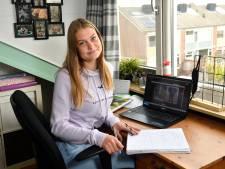 Amersfoortse school roept hulp in van studenten bij corona-achterstand: Sofie (16) snapt biologie nu wél