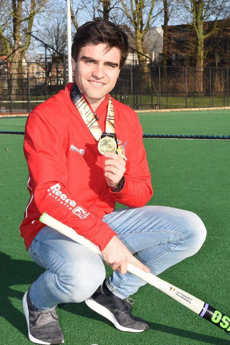 Arthur troont trots zijn gouden WK-medaille