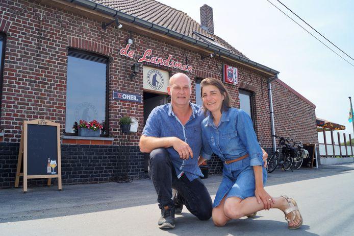 Andy Duyvejonck en Tanja Werbrouck bij De Landsman in Zwevezele.