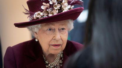 Britse koningshuis gaat op slot: Queen en andere senior royals niet meer op pad