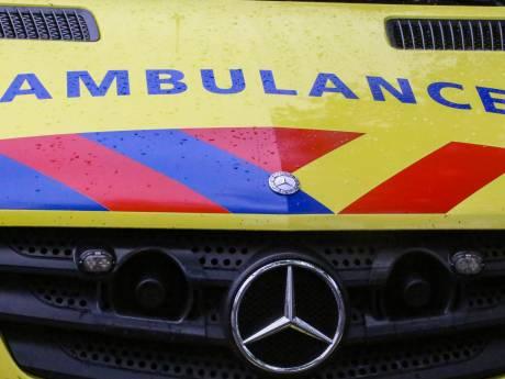 Drie gewonden bij botsing tussen fietser en scooter in Papekop