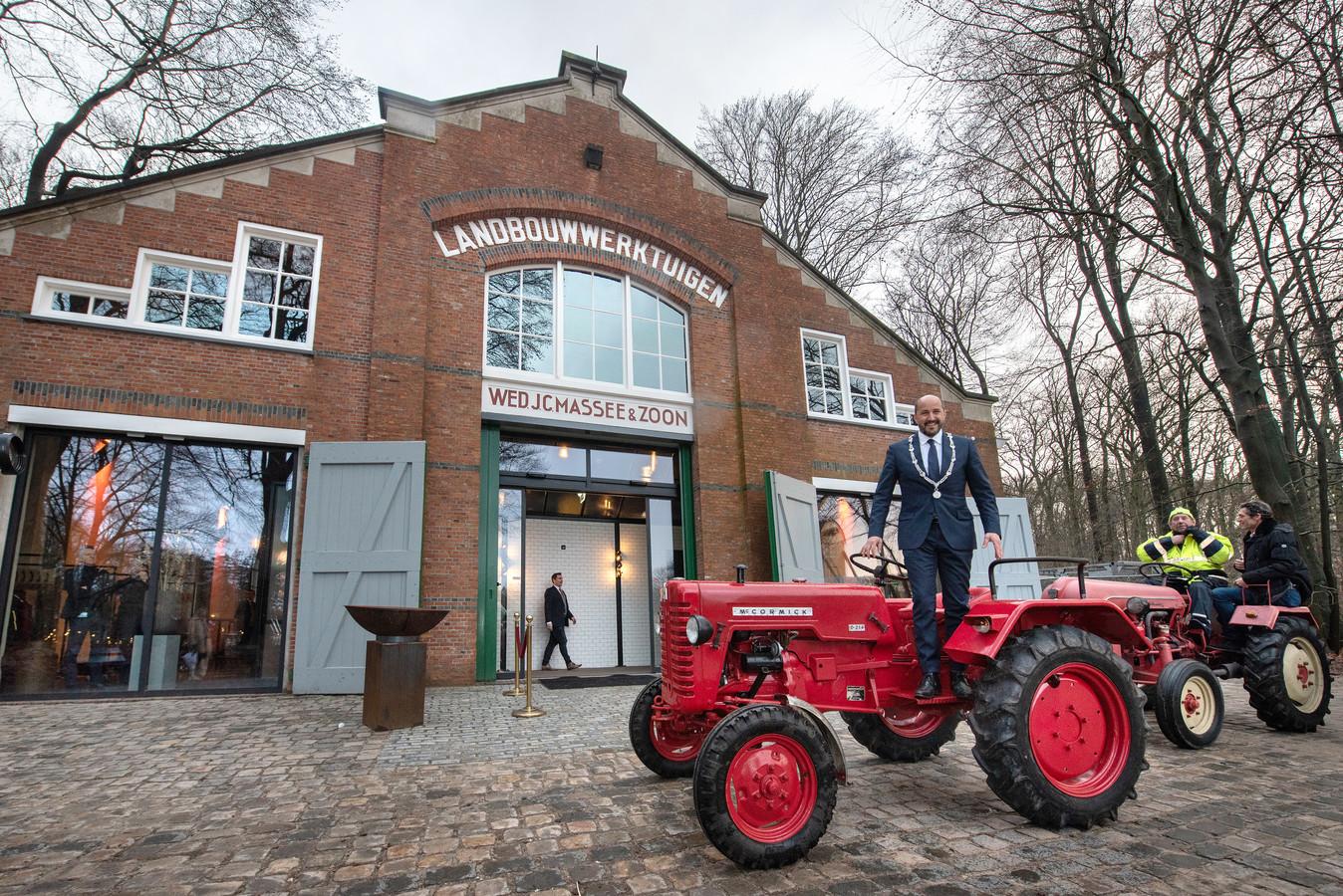 Loods Goes, begin dit jaar geopend door Arnhems burgemeester Ahmed Marcouch, is de locatie in het openluchtmuseum waar de Vereniging Vrienden van het Nederlands Openluchtmuseum zaterdag een algemene ledenvergadering houdt met het doel zichzelf op te heffen.