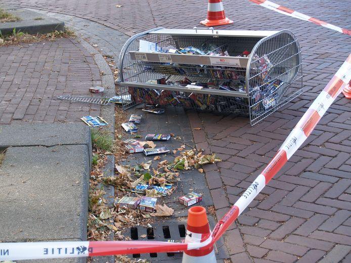 De daders lieten een deel van hun buit achter op straat.