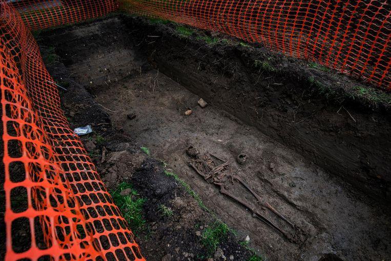 Deze skeletten werden gevonden nabij de Sint-Janskerk.