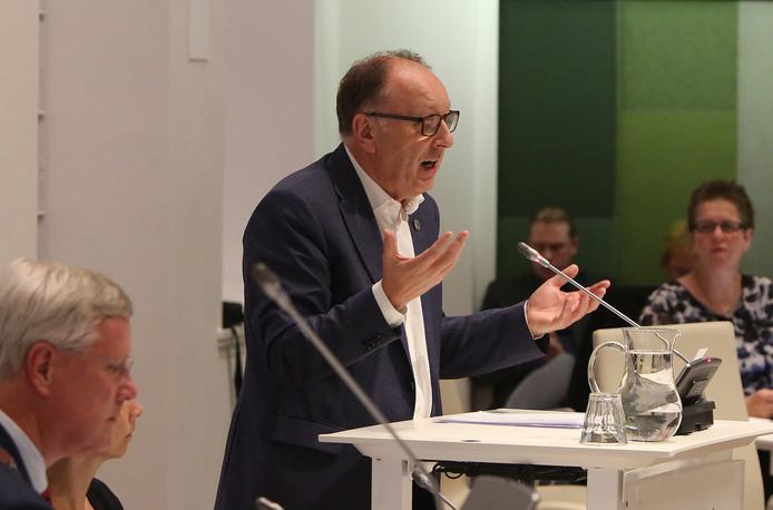 Wethouder Jan Jaap Kolkman tijdens een eerdere raadsvergadering over Werkmakelaar-Oost.