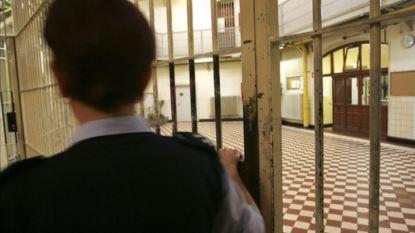 """Cipier getuigt over radicalisering in onze gevangenissen: """"Ik ken er al zeker tien die bereid zijn om aanslag te plegen"""""""