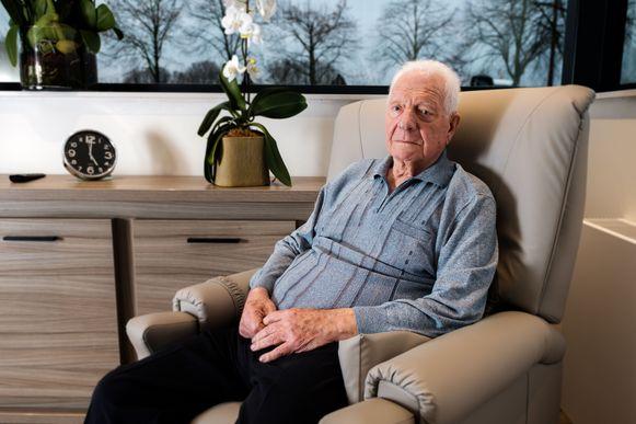 Oud-burgemeester Jos Werelds (88) van Vliermaal werd het slachtoffer van oplichting, maar woont nu veilig bij zijn kleindochter.