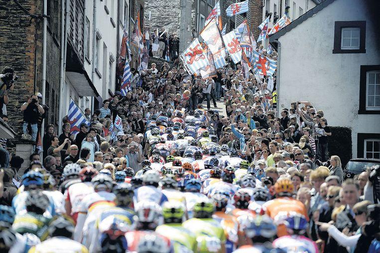 Ook tijdens laatste voorjaarsklassieker Luik-Bastenaken-Luik kon de Raboploeg zich niet onderscheiden. Foto EPA/Nicolas Bouvy Beeld