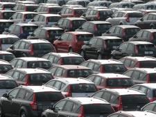 Vluchtelingen verstoppen zich in gloednieuwe auto's bij Zeebrugge