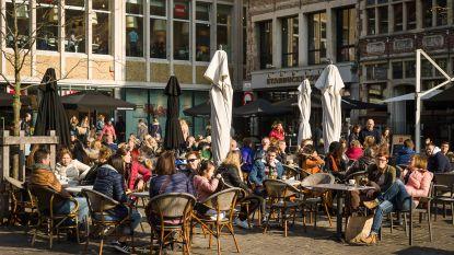 """Horeca Oost-Vlaanderen over stijgende terrastaks: """"ok, als geld terugvloeit naar de sector"""""""