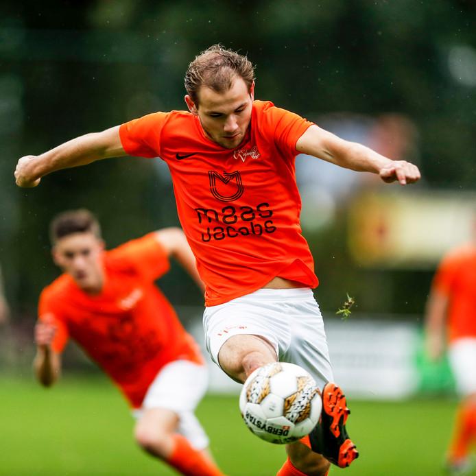 Pim Goossens scoorde zondagmiddag voor Moerse Boys.