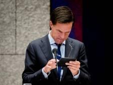 Burgerinitiatief tegen smartphonegebruik Kamerleden: 'Ze zijn echt uitgecheckt'