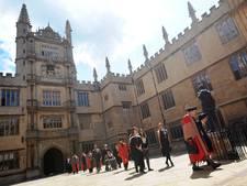 Wereldberoemde universiteit Oxford verhuist naar Parijs vanwege Brexit