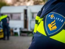 Politieauto in Zuidoost gestolen onder dreiging van steekwapen
