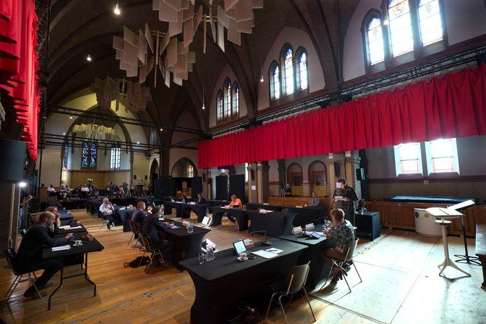 Raadsvergadering in de Loilse kerk in Montferland.