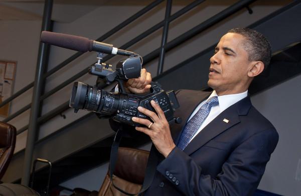 **Netflix strikt Barack en Michelle Obama voor films, docu's en series**