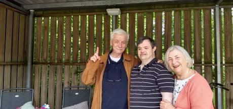 Verstandelijk beperkte Rogier mag snel weer bij zijn ouders in Oldenzaal logeren