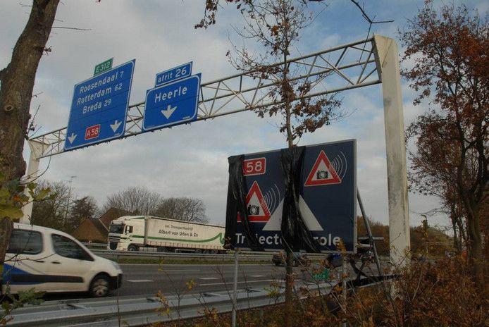 De trajectcontrole tussen Heerle en knooppunt De Stok op de A58.
