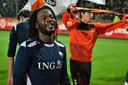 Levi Marengo geniet van de winst op Go Ahead Eagles.